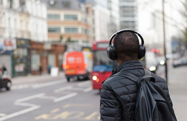 Escucha audioguias como viajero con AudioguidesApp